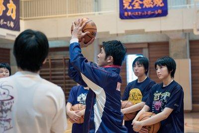 画像2: 鈴木良和 Yoshikaz-Faith 今よりもっとうまくさせたい VOL. 4 実戦で生きるシュート指導