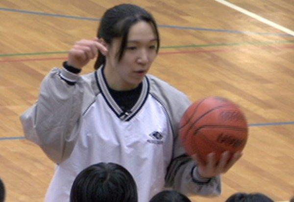 画像1: 永田睦子 試合で生きるファンダメンタル VOL.2 思いのままにステップワーク (1)